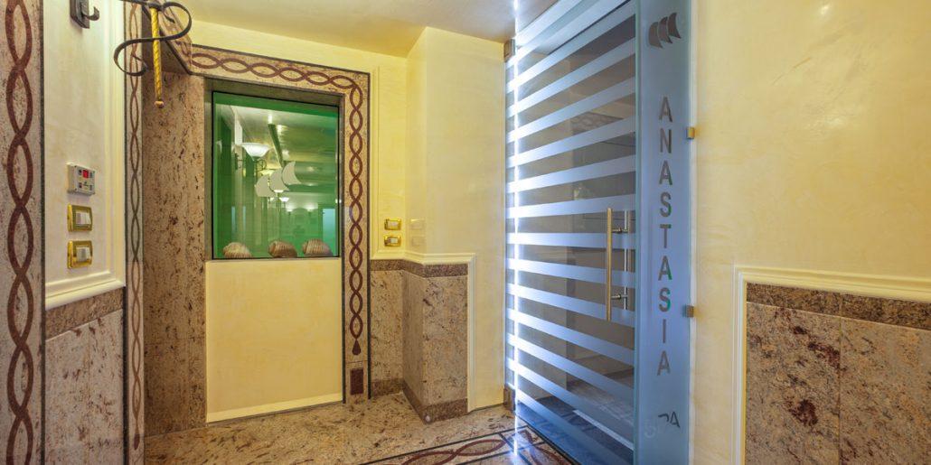 H cristoforo nasce anastasia la nuova spa abano terme - Ingres bagno turco ...